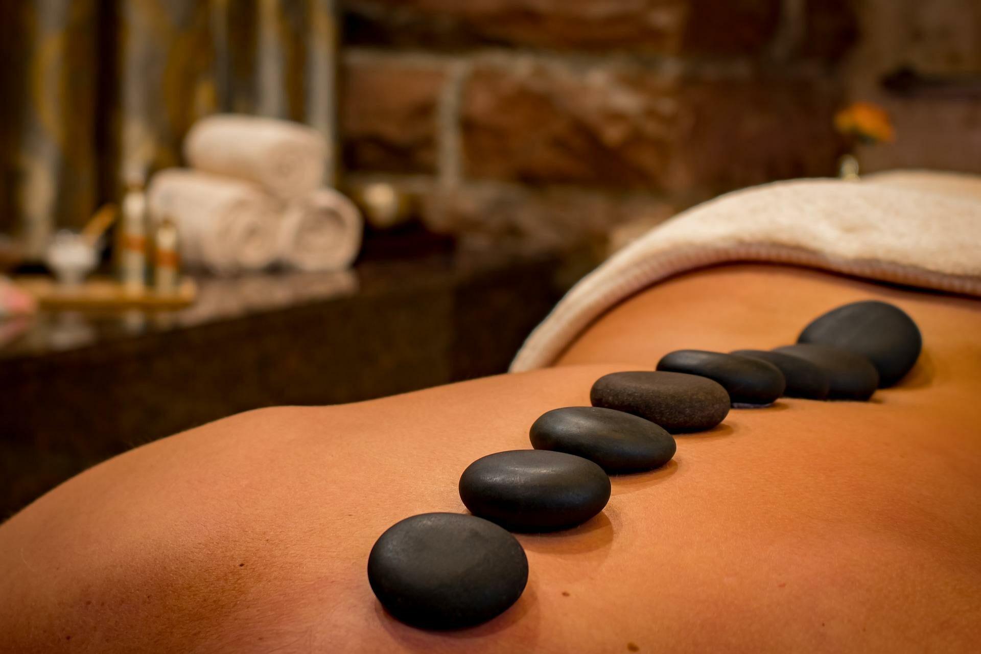 Hotstone-Massage