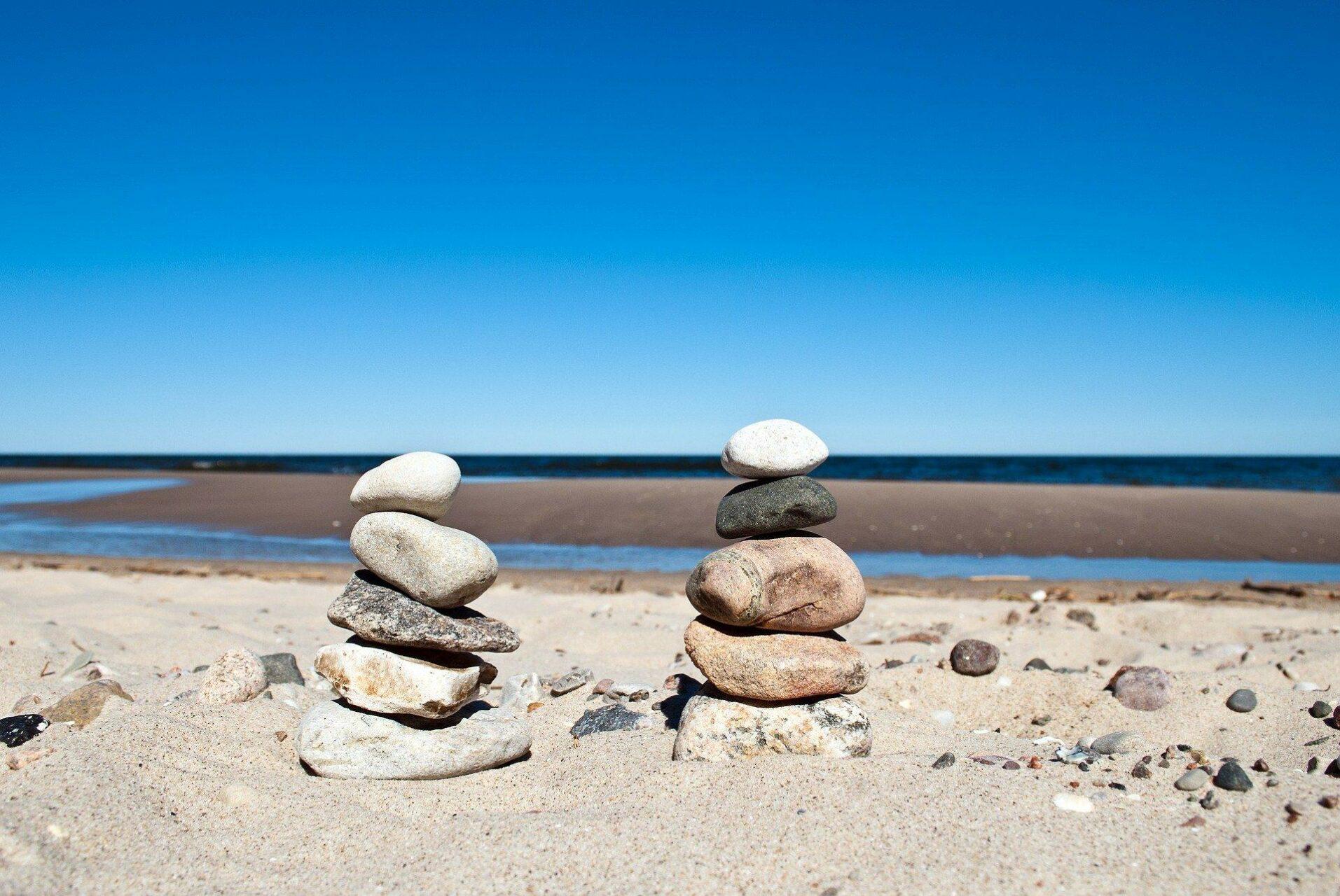 Steinstapel am Strand